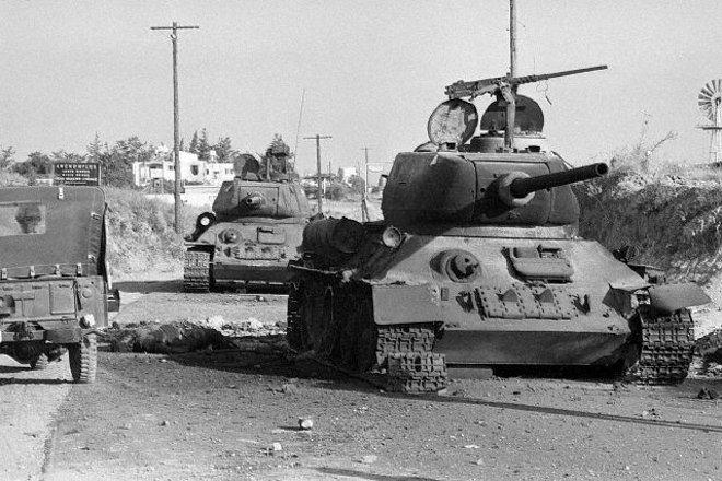 Ήδη πριν τον πόλεμο, η 23 ΕΜΑ είχε αποσπάσει από την 2η Ίλη της, 8 άρματα, 3 στην Αμμόχωστο και 5 στην Κερύνεια.
