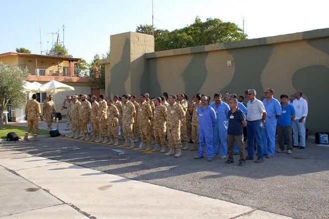 Κλιμάκιο 118 ατόμων της Πολεμικής Αεροπορίας του Κατάρ, αποτελούμενο από Αξιωματικούς, Υπαξιωματικούς και πολιτικό προσωπικό, βρίσκεται στην 114 Πτέρυγα Μάχης.