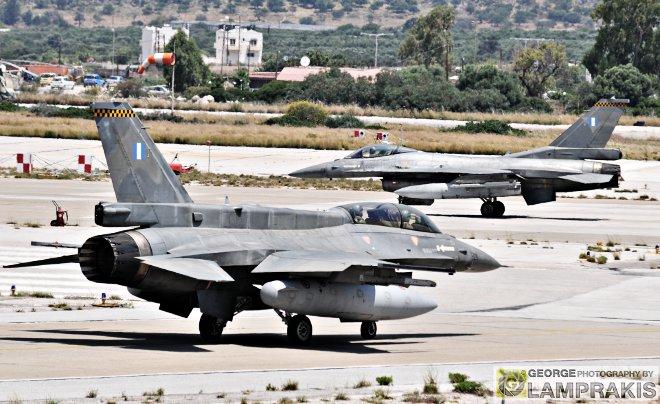 Η Πολεμική Αεροπορία, συνεχίζοντας τη στενή συνεργασία που έχει αναπτύξει τα τελευταία χρόνια με την αντίστοιχη του Ισραήλ, ανταποκρίθηκε θετικά στην πρόσκληση των Ισραηλινών για συμμετοχή σε μια από τις πιο απαιτητικές αεροπορικές ασκήσεις που θα πραγματοποιηθούν φέτος σε όλο τον κόσμο, όπως είναι η Blue Flag.