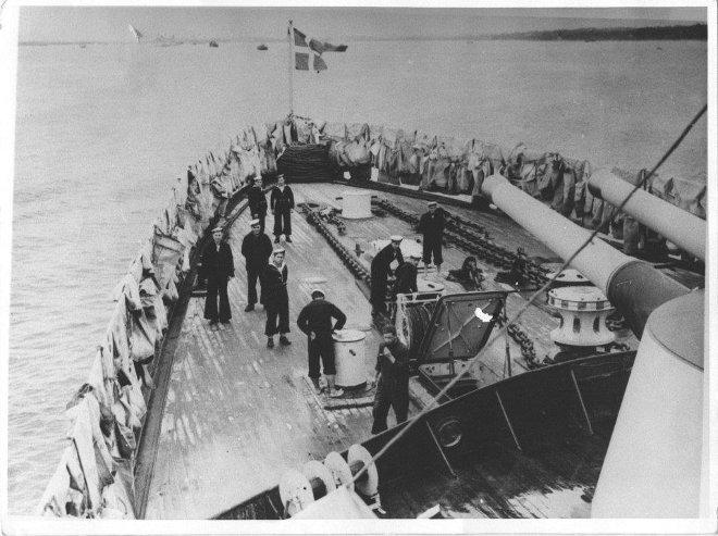 Η ναυμαχία κράτησε ως το σούρουπο, όταν τα τουρκικά αναγκάστηκαν να γυρίσουν πίσω τσακισμένα.