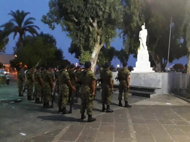 Άγημα της Σχολής Εφέδρων Αξιωματικών Πεζικού συμμετείχε στην τελετή υποστολής της Ελληνικής Σημαίας.