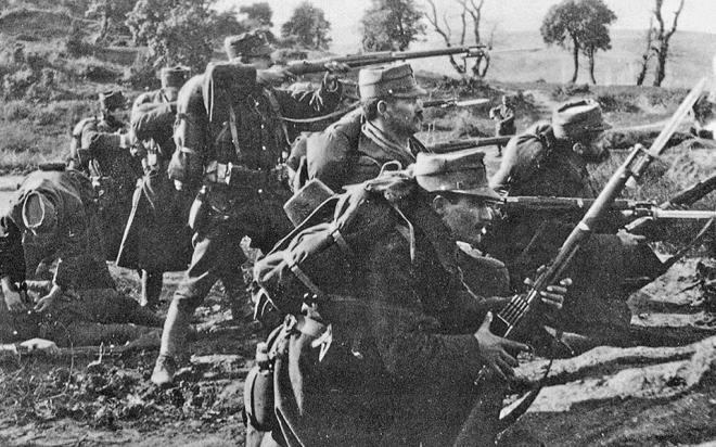 Το 1ο ανεξάρτητο Τάγμα Κρητών έλαβε μέρος στη μάχη των στενών της Πόρτας και στην κατάληψη της Κατερίνης και την 26 Οκτωβρίου 1912 μπήκε τιμητικά πρώτο ως εμπροσθοφυλακή της VΙΙ Μεραρχίας στην ελεύθερη Θεσσαλονίκη.