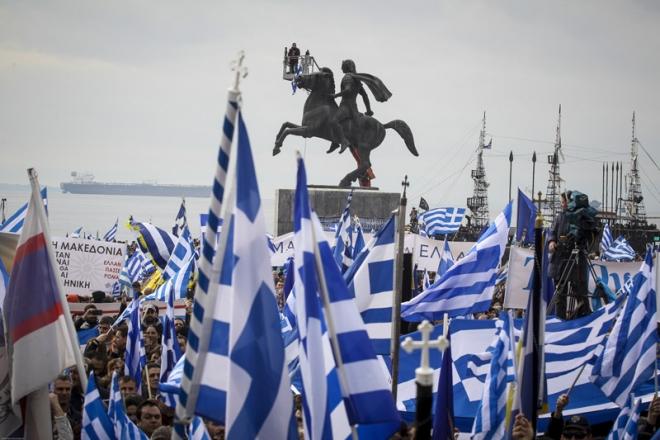 Η Μακεδονία άρχισε την αντεπίθεσή της, ακόμα και θεσμικά.