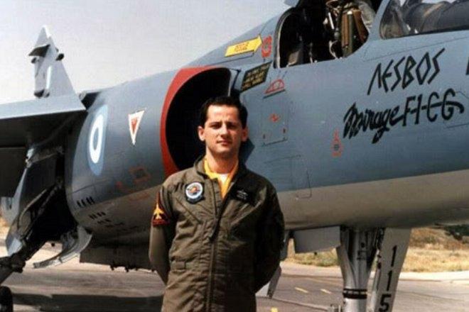 Ο Νίκος Σιαλμάς και οι συνάδελφοί του στα Mirage F1 και τα F-4E δεν δίστασαν ούτε στιγμή να εμπλακούν στις αρχές της δεκαετίας του '90 με τα τουρκικά F-16.