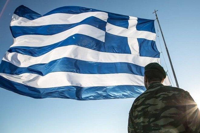 Ένα συγκινητικό βίντεο κάνει την τελευταία ώρα το γύρο του διαδικτύου, στο οποίο αποτυπώνεται όλη η ...ψυχοσύνθεση των Ελλήνων σε σχέση με την στρατιωτική θητεία.